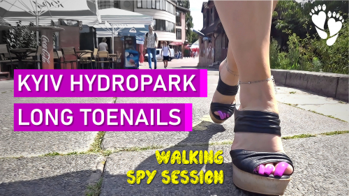 Let's go to the Hydropark ⛱️ Pink toenails ☀️ Summer shoes ☀️